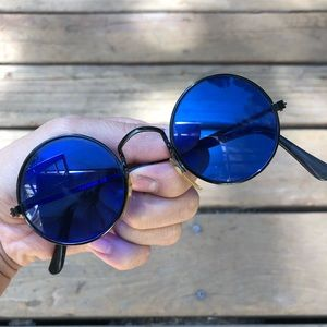 Vintage 70s blue sunglasses
